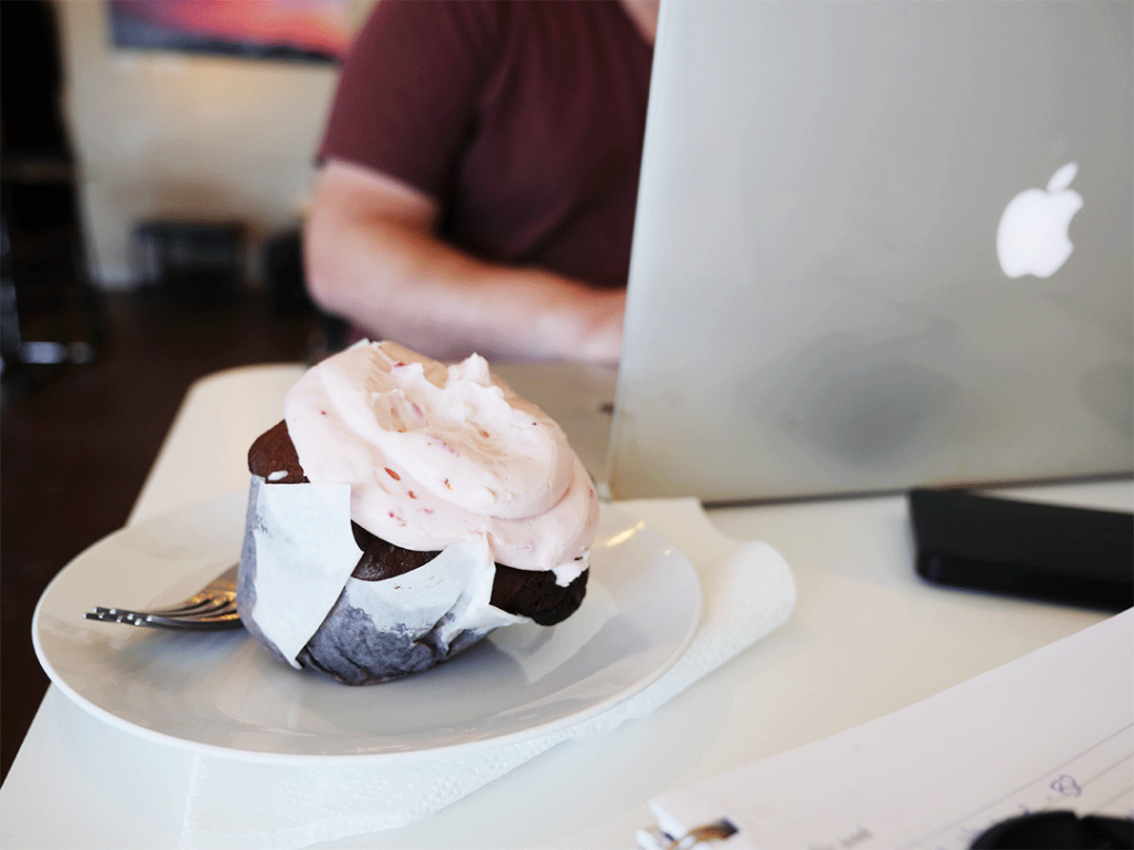 gluten free cupcake at The Blackbird Coffeehouse