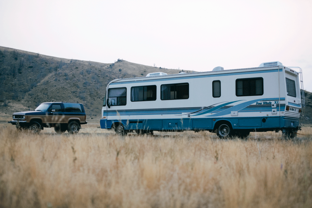 Meeting RVers while full-time RVing